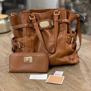 Michael Kors JetSet Luggage Tote & Matching Wallet